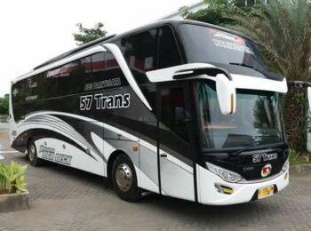 sewa-bus-pariwisata-demak